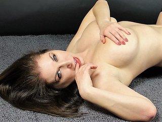 SexyLeona
