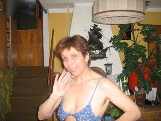 SexyAmadea (57)