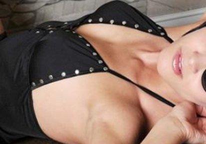 WetClau Huren Piercings, Heisses Geraet, BiGirl - Heisse Sexgirls Cam - Tolle Girls erwarten Dich im Livechat !