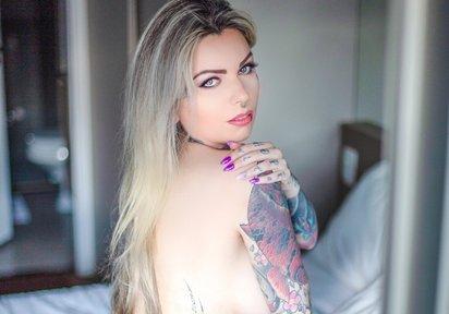 zur LiveCam von TattooBarbie