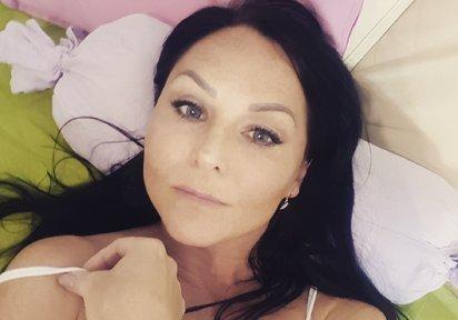 live Sexcam Chat mit AngelMia